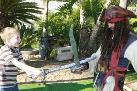 Johnny Depp impersonator appearing as a pirate entertainer