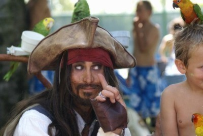parrot Jack, a parody of Captain Jack Sparrow for birthday party